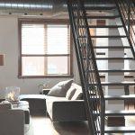 Folia paroizolacyjna – cena, jak kłaść, folia pod panele